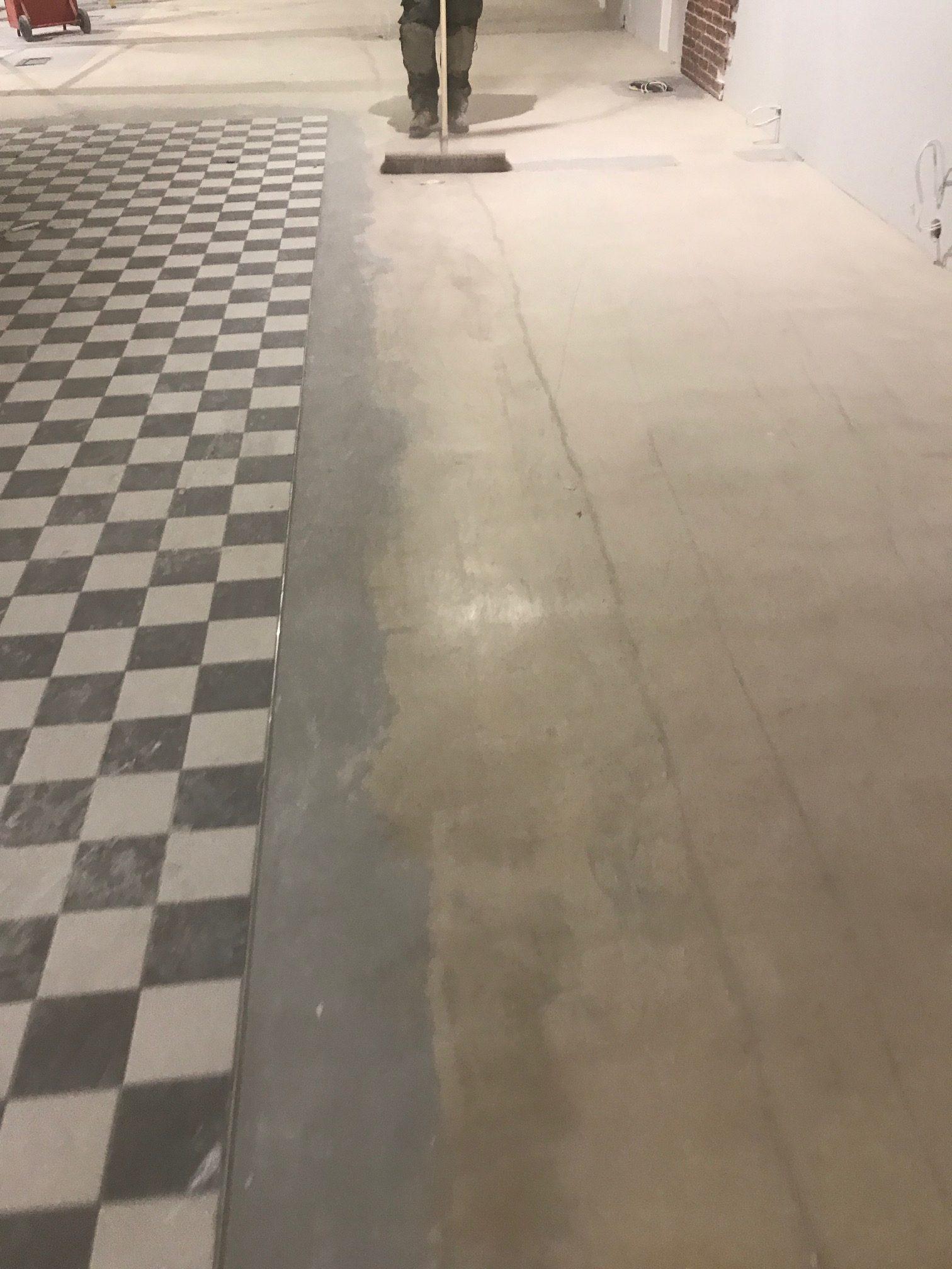 Floor fitters for vinyl floors safety flooring carpets for Preparing floor for vinyl